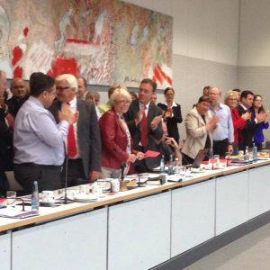 Frank-Walter Steinmeier zum Vorsitzenden der SPD-Bundestagsfraktion gewählt.
