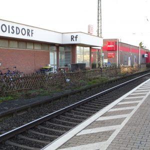 Bahnhof Roisdorf mit Zug